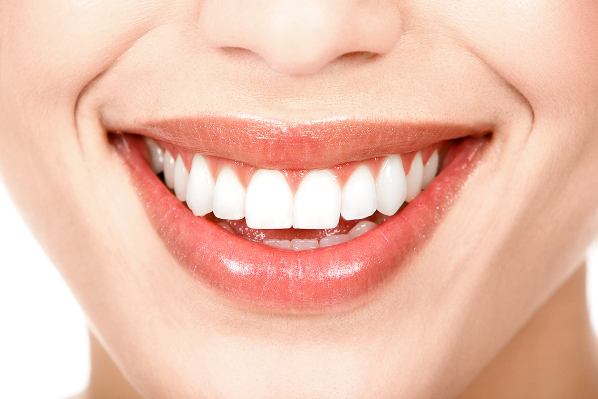 We have specialized dentists in periodontology and provide all forms of treatment for your gums and the bone supporting your teeth